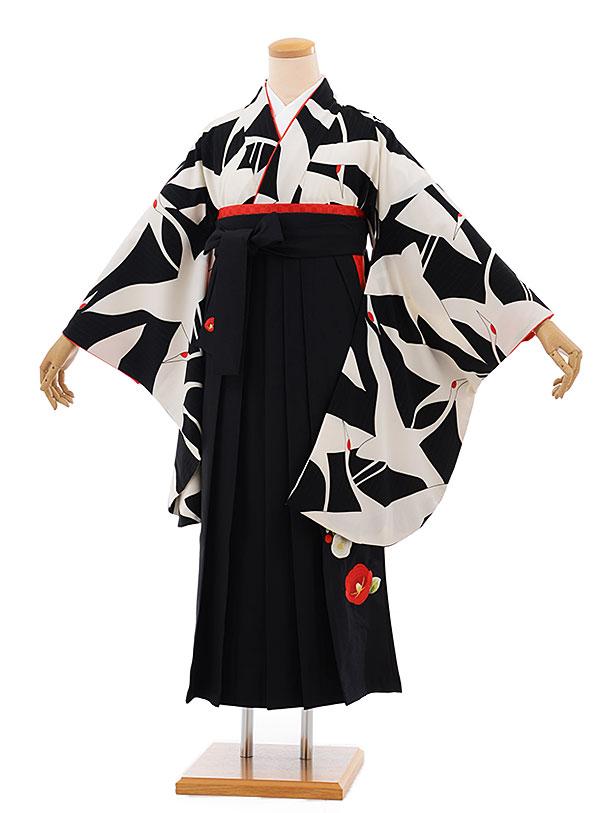 卒業袴レンタル h690 黒地に鶴 x 黒 椿 袴