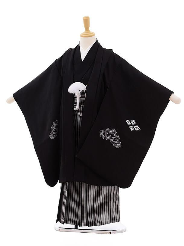 七五三レンタル(5歳男袴)5347 黒地 かぶと 刺繍 (着物・袴 正絹)