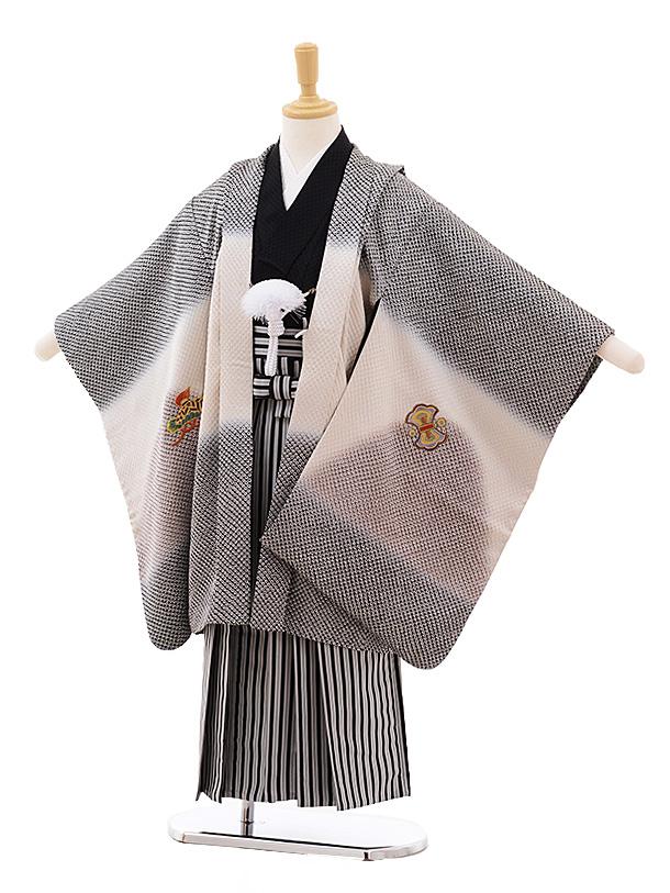 七五三(5歳男袴)5379 (正絹)黒地ぼかし絞り ひった柄に鷹 刺繍 ×黒縞袴