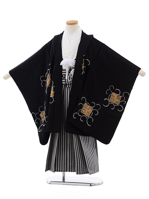 七五三(5歳男児袴)5497 正絹(着物・袴) 黒地 四ツ目結×白黒縞袴