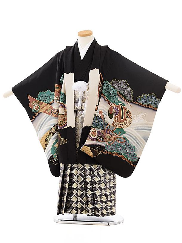 七五三レンタル(5歳男児袴)5560(正絹)黒地波と熨斗に兜×グレーゴールド袴