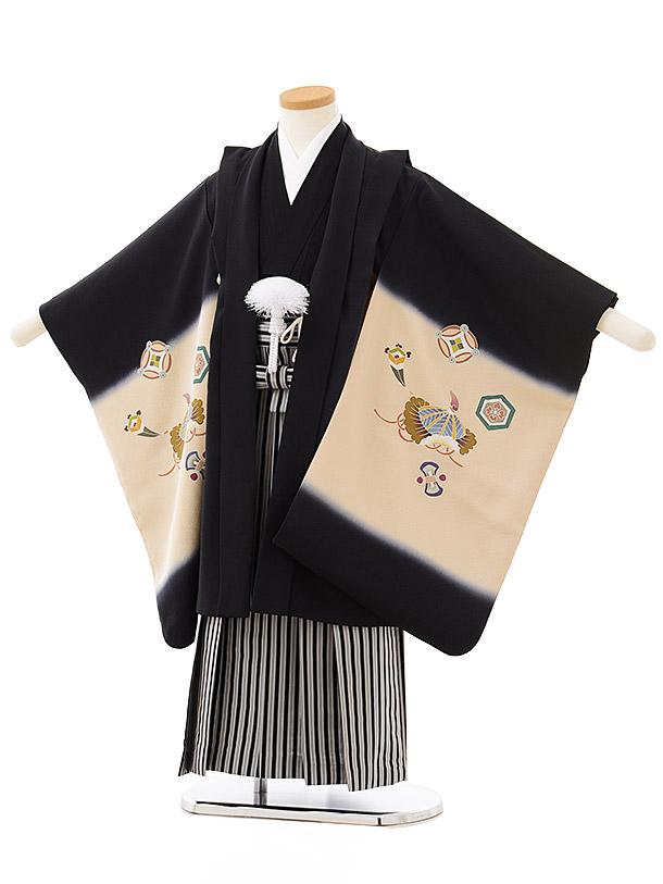七五三レンタル(5歳男児袴)5589(正絹)黒地ぼかし 宝尽くし×黒白縞袴