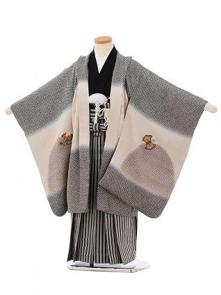 七五三(5歳男袴)5663【高級正絹】 黒疋田柄刺繍兜×縞袴