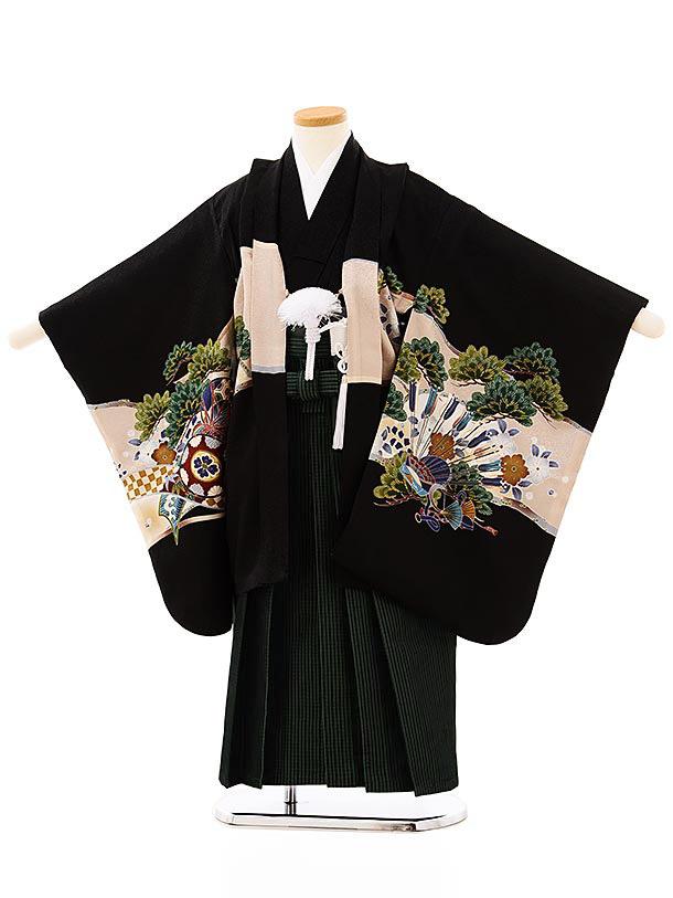 七五三レンタル(5歳男袴)5701黒地松に兜x黒緑縞袴