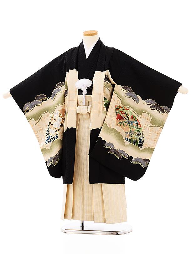 七五三レンタル(5歳男袴)5705黒地松扇かぶとxアイボリーゴールド袴