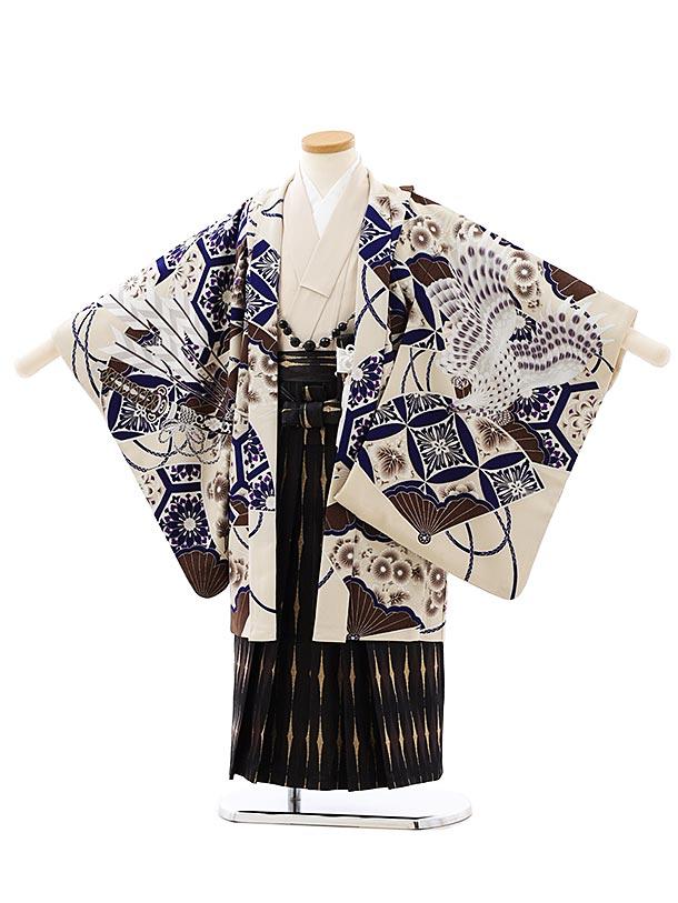 七五三レンタル(5歳男袴)5895蒼 ベージュ小紋鷹x黒ゴールド袴