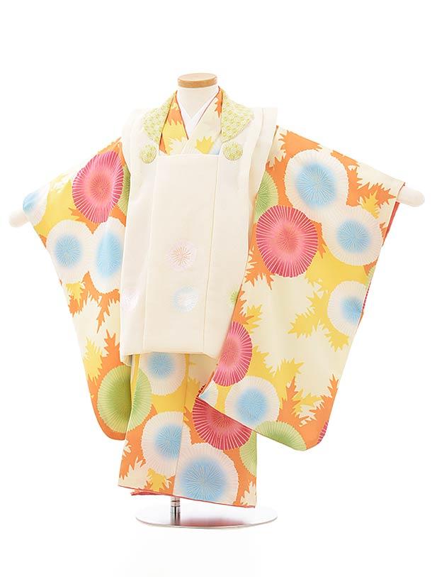七五三レンタル(3歳女児被布)3893クリーム色花刺繍xオレンジ系に花
