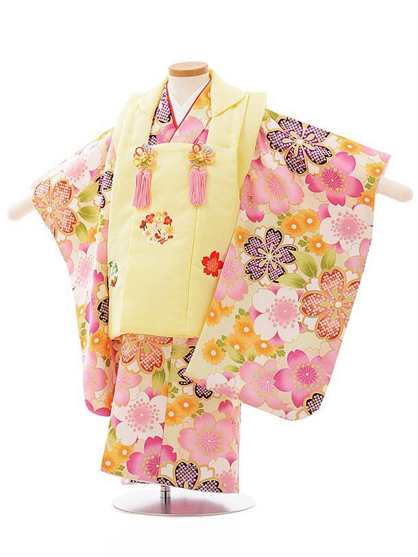七五三レンタル(3歳女児被布)3899うす黄色刺繍桜xうぐいす色桜